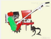 偉利達自走式中耕播種施肥機