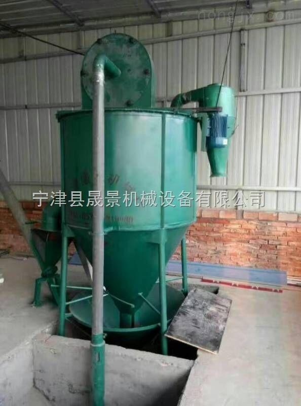 山东立式饲料搅拌机厂家zui低价图片