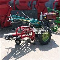自走式四轮拖拉机带花生收获机