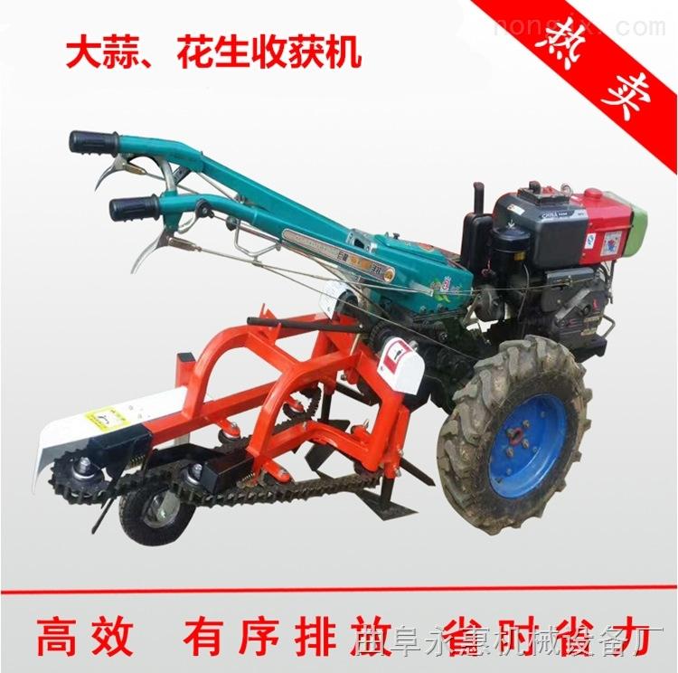 薯類收獲機,花生收割機拖拉機帶動大型花生收割機