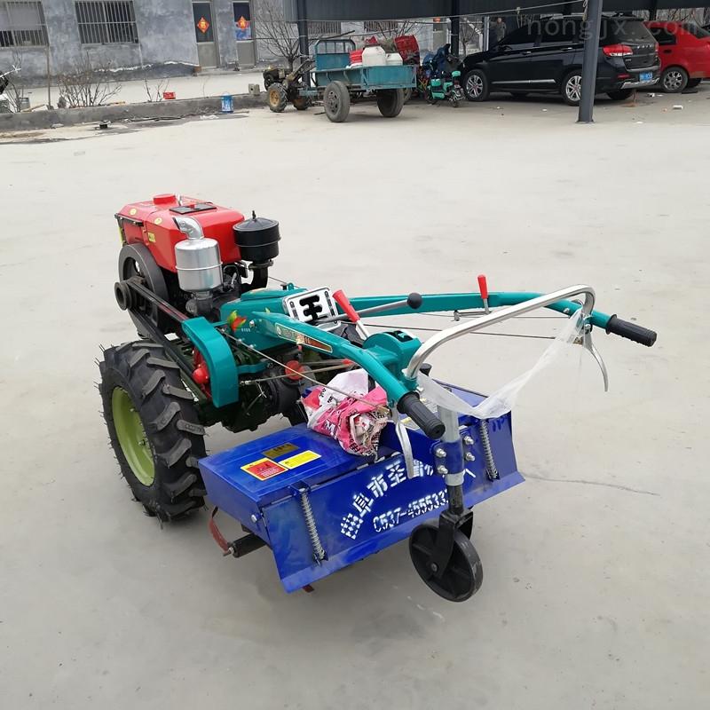 新型手扶拖拉机旋耕机