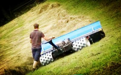 手握式山地割草机 小农机也有大力气